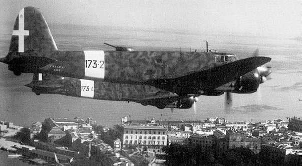 506三发水上飞机(国内民航编号i-dora)被一架iii/zg2