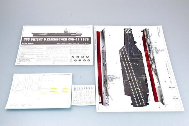 舰载飞机:75架 f-14雄猫战斗机,f/a-18大黄蜂战斗/攻击机,ea-6b