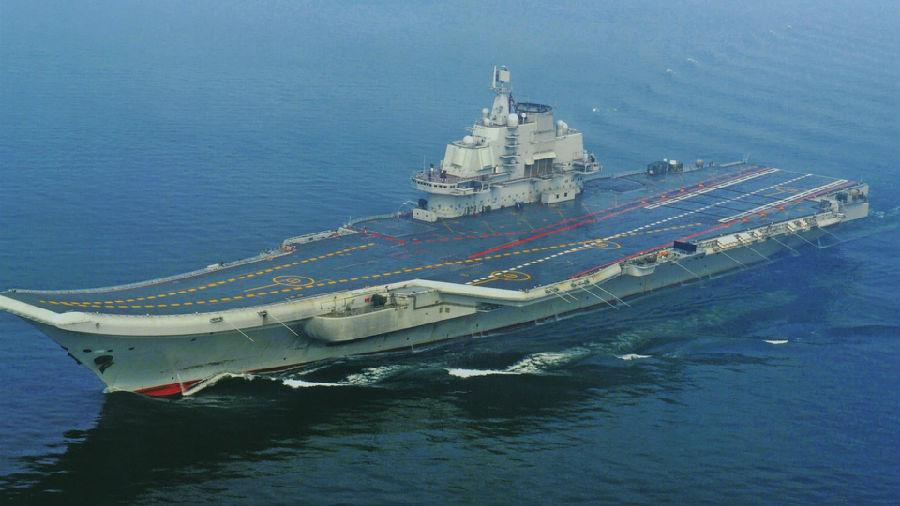 中国辽宁号航空母舰