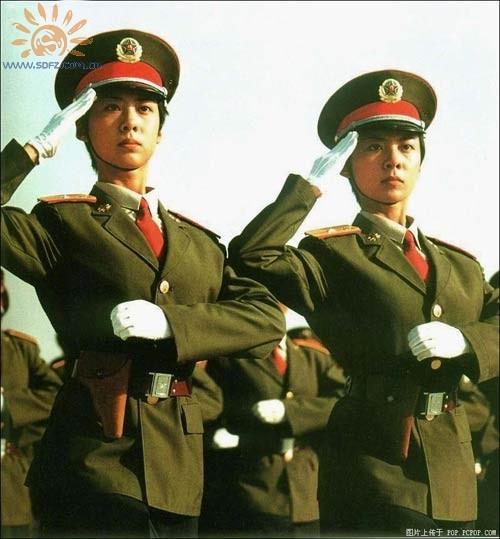 中国人民解放军军服图片