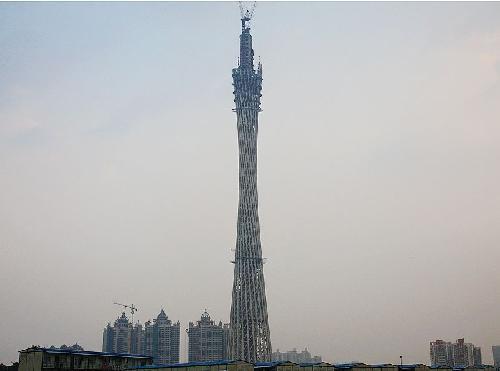 旅游线路的组织是观光塔周边地区城市设计的一项重要内容.