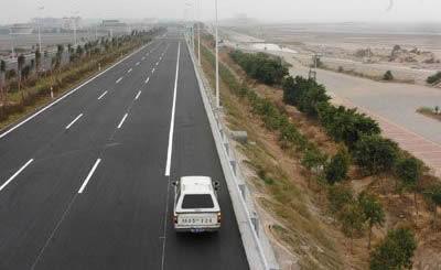 福州长乐国际机场高速公路由主线和3条连接线组成