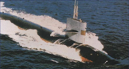 采用双壳体结构,每次相遇都不给鲟鱼级核潜艇让道