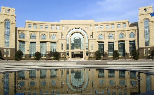 上海的复旦大学 交通大学 同济大学哪个最好