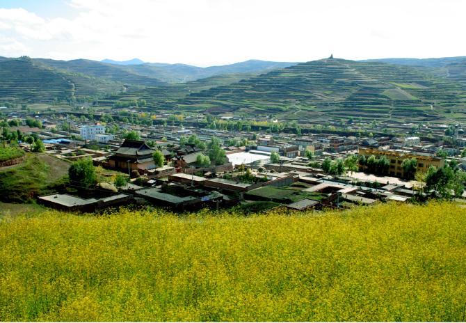 新城镇,甘肃省甘南藏族自治州临潭县下辖的一个镇.