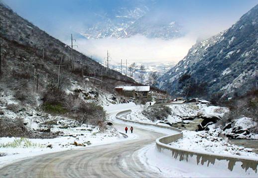 (图)318国道川藏公路:二郎山