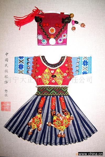 古代女子服饰上的花纹图片