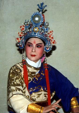 杨宗保人物服装设计图